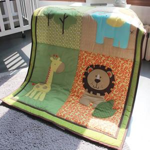 Heißes Verkaufsbabybett Bettwäsche gesetzte Baumwolle Baby-Artikel für Boy Bett Auto Cuna Quilt 3Gewählte Artikel Stickerei 3D Löwen