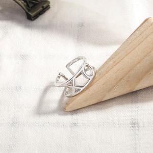 Giapponese e coreano S925 Sterling Silver Ring in di stile femminile di personalità della moda XO inglese lettera studente anello cibo apertura