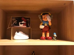 Mand Kaws Action figure limited edition model doll OriginalFake around the toy trend