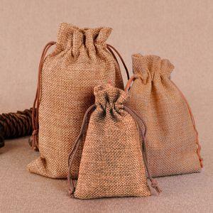 50PCS de Hesse yute con cordón bolsa de arpillera Bolsas favores de la boda del partido de Navidad regalo de la joyería del saco bolsas del embalaje bolsa de almacenamiento S30