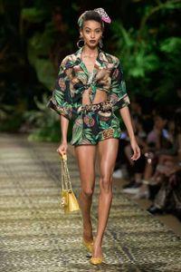 2020 Frühlings-Sommer-Revers-Ausschnitt 1/2 Hülsen-Hemd Und für Damenmode Shorts 2 Stück Sets 12-15,17
