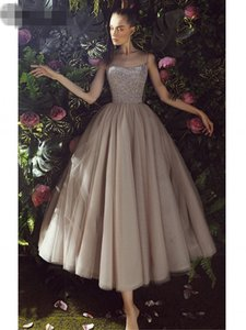 champagne Spaghetti Straps A-Line Prom Dresses 2020 Sequin Beading Bodice Tulle Tea Length vestidos de graduacion Evening Party Dress