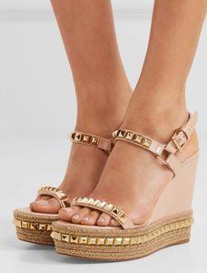 Горячие продажи-дизайнеры сексуальная женская обувь cataclou клинья сандалии с заклепками свадебные насосы женская обувь EU35-42