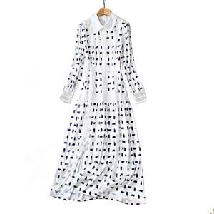 Estrella de primavera con el mismo vestido de impresión de costura de manga larga de solapa
