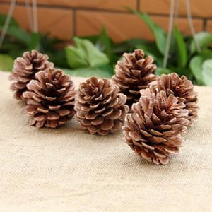 Árvore de Natal de suspensão Pine Cones 2-7cm Madeira Pinecone bolas para Home Office Party Decoration Decoração de Natal Ornamento