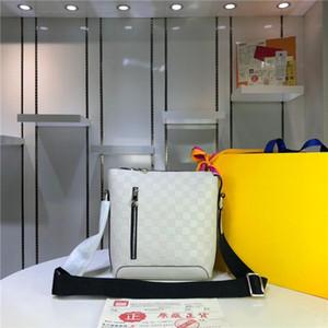Mükemmel işçilik, eğik el çantası, postacı çantası, fermuar pürüzsüz, kalitesi çok iyidir. Alışverişe gitmek için gereklidir