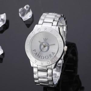 relojes de lujo de la moda de Nueva relojes de 40 mm de los hombres de las mujeres famosas reloj de cuarzo damas relojes de los hombres de moda de calidad Pandora ven