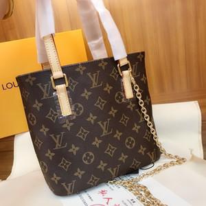 Ladies bag 2019 new fashion full printing printing Joker ladies handbag Simple casual large capacity shopping bag size 23*21*8cm