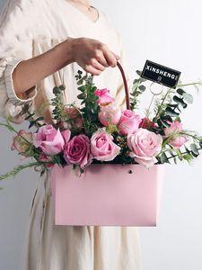 5pcs Rosa Kraft scatola di carta con manico piegato fiore bouquet imballaggio materiale disposizione cesto Gift Box