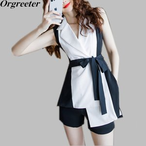 Summer New Two-piece Sets Women Temperament Notched collar Sleeveless Hit color Long Shirt Blouse and Shorts Professional Suits T200704
