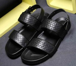 Brand men cow leather Open toe casual sandals,summer Cool beach Slippers Flipflops Fashion Woven Leather flat Home Moccasins Sandals,38-46