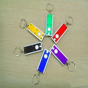 البسيطة LED مصباح يدوي سلسلة المفاتيح تتريس ضوء المصباح قلادة مفتاح الإبزيم البلاستيك الإبداعية العالمي مفاتيح حلقة تخصيص LXL747-1