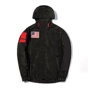 Atacado-American Flag Luxo Mens Designer Casacos Hip Casual Men Moda Casacos de alta qualidade Hop Homens Desporto de Down Jacket