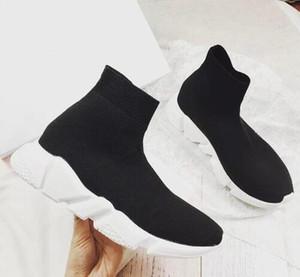Envío gratis Hot Brand Unisex Casual Zapatos de moda plana Hombres Calcetines Red Triple Negro Estirar Malla High Top Top Mujer Sneaker Speed Runner