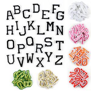 260pcs 26 lettres de broderie de fer sur patch pour sac à dos vêtements Motif Appliqué argent taille or noir orange rose 4cm * 5cm