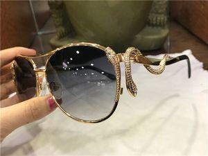 Luxury- new fashion women designer sunglasses 909 metal pilot animal frame Snake-shaped legs with diamonds top quality protection eyewear