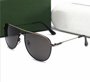 Avec emballage boîte mode luxe nouveau UV400 hommes polarisé lunettes de soleil en métal cadre tendance lunettes de soleil conduite miroir lunettes 8011-EY gros