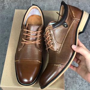 사무실 파티 트레이너와 상자까지 새로운 정품 가죽 정장 구두 남성 최고 품질 Brogues 옥스포드 비즈니스 신발 디자이너 신발 클래식 레이스