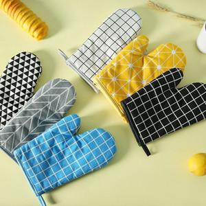 Oven Glove Heatproof Mitten Kitchen Cooking Microwave Oven Mitt Insulated Non-slip Glove Thickening Bbq Gloves DLH412