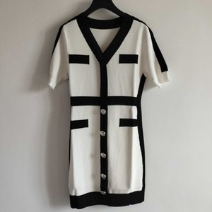 Breve 2020 Marca para mujer Vestidos de diseño de moda para mujer vestido de mezcla de lana de alta calidad de lujo vestidos blancos y de color Negro YF203051