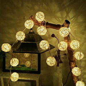 Decoração do casamento Quente 2m 5m Rattan bola Led Luz Cordas férias Fada Luz Branca para o partido Luzes de Natal Garland Outdoor
