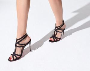 Les femmes sexy Sandalas Parti robe de soirée de mariage hauts talons, chaussures de luxe de femme Reneestrass Bring boucle cheville avec boucles rouges Talons Bas