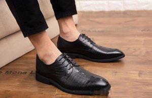 in pelle a punta di grano imitazione alligatore oxfords lace-up scarpe da uomo di ritorno a casa di promenade Maschio vestiti convenzionali wedding Shoes