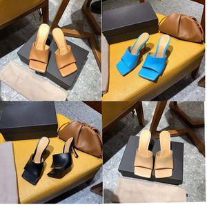 2020 Tasarımcı yüksek topuk sandalet kadın terlik Kare katır ayak sandal STRETCH sandalet goatskin Lüks bayan Düğün yüksek topuklu