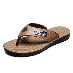 New European and American Trendy Men's Slippers, Flip-flops, Metal Clamps, Flat Bottom, Anti-skid Comfortable Slippers, 2019