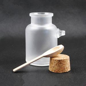 ABS ronde Sel de bain Bouteilles 100 g 200 g poudre Contenants de plastique avec du liège Pot à bois cuillère Emballage 100pcs Bouteille / lot RRA2260