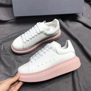 2018 NEW Luxury leather casual shoes Women Designer sneakers men shoes genuine leather fashion Mixed color original box35-40