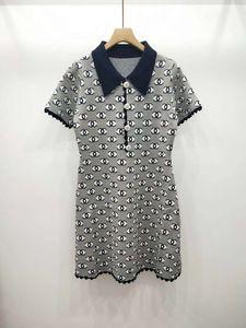 Milan Pist elbiseler 2019 Yaka Boyun Kısa Kollu High End Mektup Jakarlı Tasarımcı elbise Marka Aynı Stil Elbise 052902