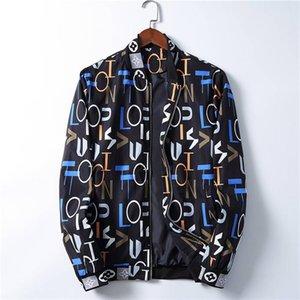 20ssTop quality Mens Designer Jacket Zipper Hoodie Jackets Fashion Mens Jacket 20SS Men Casual Windbreaker Winter Outdoor Streetwear Coat