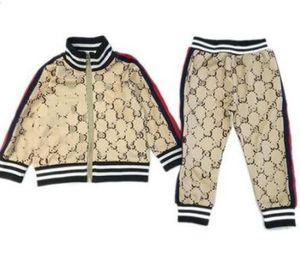 Bebek Kız Giyim Marka Etiket Çocuk Spor Suits Çocuk Giyim Ceket + Pantolon ayarlar 2pcs Pamuk Kız Boys Giyim Eşofmanlar
