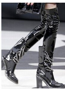 Vendita calda-Stivali da motociclista nero Scarpe Donna Stivali alti a coscia incatenati punta rotonda stivali tacchi alti scarpe da corsa scarpe da donna inverno