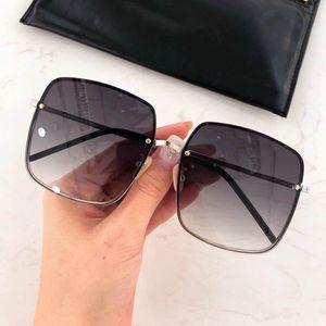Quadro Homens Mulheres Vintage óculos de sol redondos Full Metal letra impressa Lens Óculos polarizados Marca Designer Piloto masculino Sun Glasses Driving