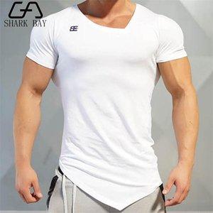 Summer Fashion Marque T-shirt des hommes Gymnases Vêtements à manches courtes col en V Slim Fit T-shirt FTINESS Compression Homme T-shirt homme