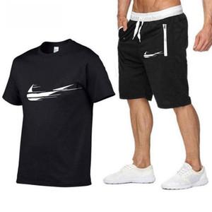 Designer Uomo Estate tuta Shorts Outfits Sportsuit 2 Pezzi Tee Shirt insieme casuale Mens T Shirt pantaloni di bicchierini del formato S-2XL C628