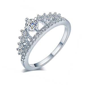 Hot Engagement Party Ring New Fashion Crystal Rhinestone Crown Rings For Women Cute Elegant Luxury Sliver Plated Rings