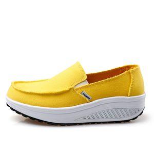 Venta caliente-Verano Zapatos de mujer Amarillo Azul Zapatos Deportivos Caminar Pisos Altura creciente Mujeres Plataforma Lona Columpios Cuñas Calzado Zapatillas de deporte