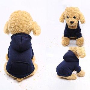 Capucha Sudaderas mascotas poliéster Hoodied Sudaderas con el bolsillo de ropa para perros Ropa para mascotas de color sólido con capucha caliente del invierno