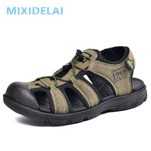 Casual Men Outdoor Sandals Summer Breathable Flat Sole Beach Shoes Comfort Soft Walking Hiking Sandals Athletic Male Shoes 2020 Y200702
