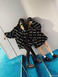 2020 Frauen und Männer Sweatshirts Luxus-Designer-Wintermantel edlen lila Muster 380 Karat Samt-Gewebe 3D gestickter klassischer Mantel