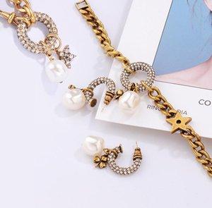 Sensi antichi di restauro di temperamento femminile orecchino di perla Advanced sensazione jolly collana Qiu dong delicato marea braccialetto freddo