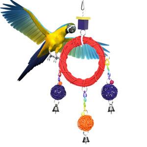 Suministros para pájaros Soporte para rack Jaula de pájaros Accesorios Madera Loro Columpio Ratán Cirque Bola Juguetes para pájaros que se comen