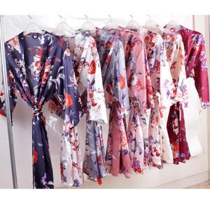 Satin Bridesmaid Robes 2019 Floral Bridesmaid Gifts Print Floral Long Bridal Party Robes Half Sleeves M L XL XXL Bathrobes