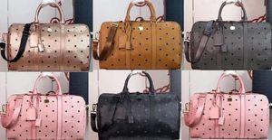 Высококачественная дизайнерская сумочка для мужчин Женщины Большая емкость Сумки Путешествия Известная Золотая цепь Сумки на плечо Crossbody Soho Сумка