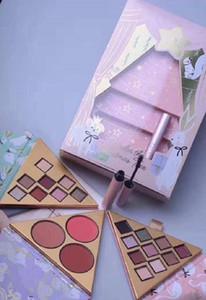 Date Bset Cadeau De Noël Marque De Maquillage Visage Beauté Sous Le Sapin De Noël Fard À Paupières / Blush Palette Sexe Mascara Ensemble Complet 4 in1