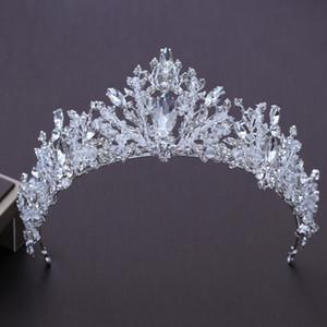 Gelin Taç Lüks El Yapımı Kristal Düğün Tiara Diadem Gelin İnciler Taçlar Tiaras Kızlar Saç Aksesuarları Düğün Takı S607