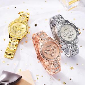 2019 새로운 시계 도매 패션 캐스트 된 벽돌 세 아이드 스틸 시계 유럽과 미국 스타일의 새로운 패션 합금 스트랩 시계